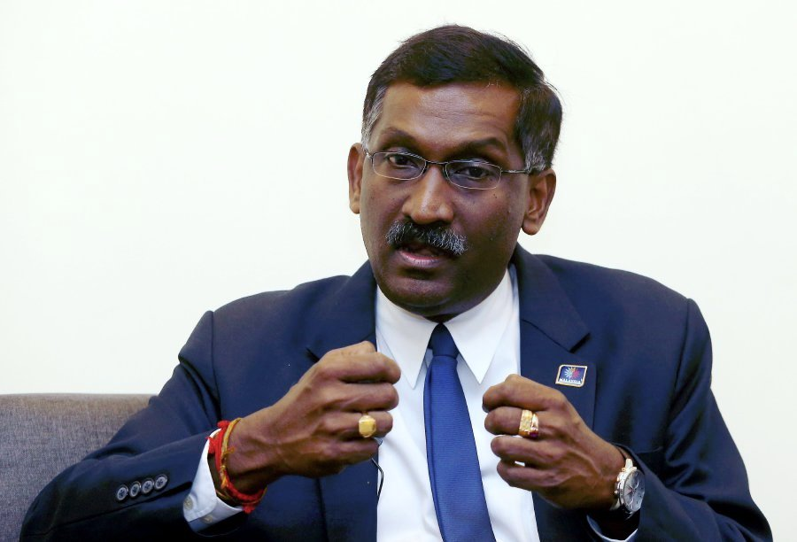 Deputy Education Minister Datuk P. Kamalanathan said he was disappointed with the action of the teacher who was involved in a quarrel with the 40-year-old school principal and then splashed hot water on him in a school near Lebaan in Sibu, Sarawak. File pix by FARIZ ISWADI ISMAIL.