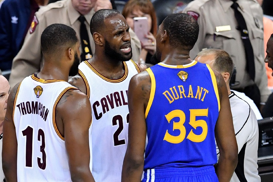 (NBA) Irving, James lead Cavaliers over Warriors to avoid ...