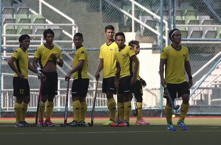 (Hockey) England routs Malaysia 7-3 in World League semis
