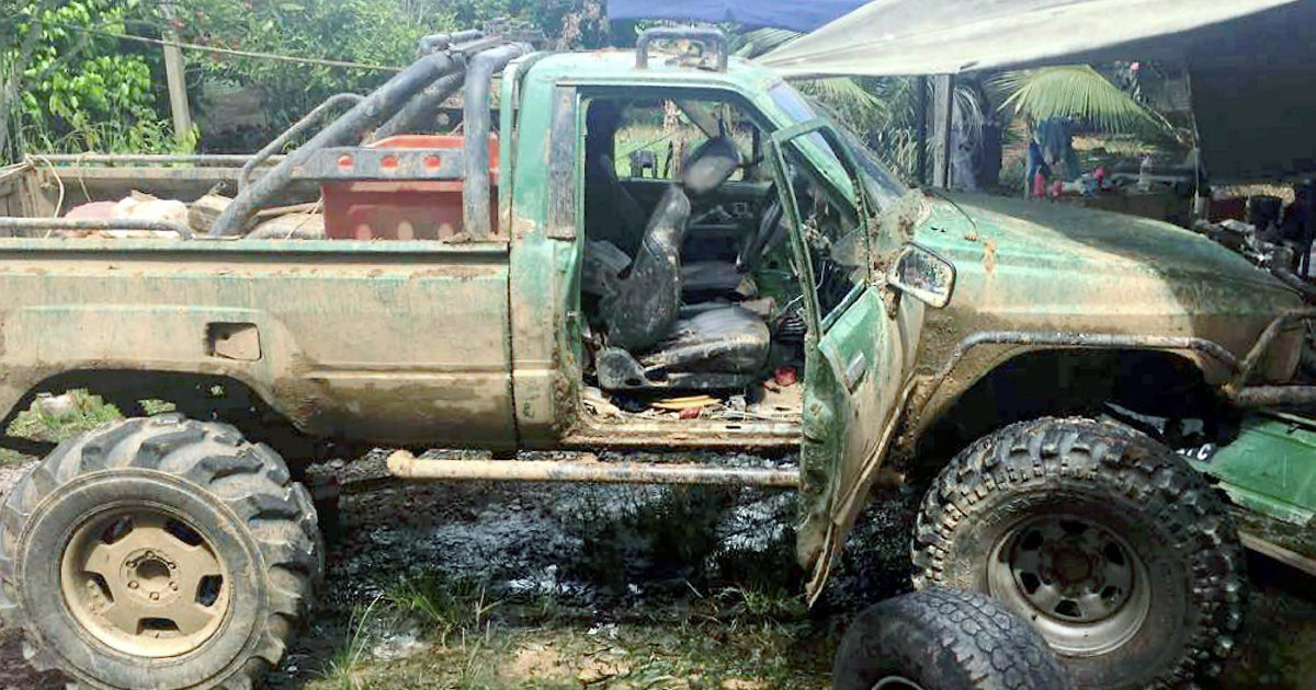 Sabah father & son poacher duo ram Forestry Dept vehicles in bid to escape