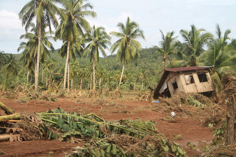 Landslides kill 26 in storm-hit Philippine province: local