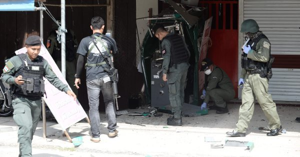 Multiple bomb attacks hit Thailand's deep south, injure three people