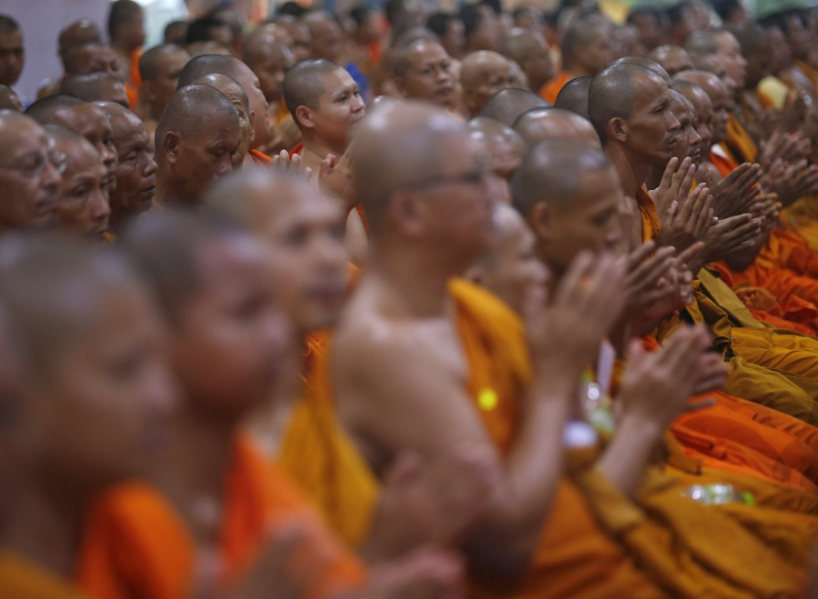 Thailand to check monks' bad habits with 'smart ID cards