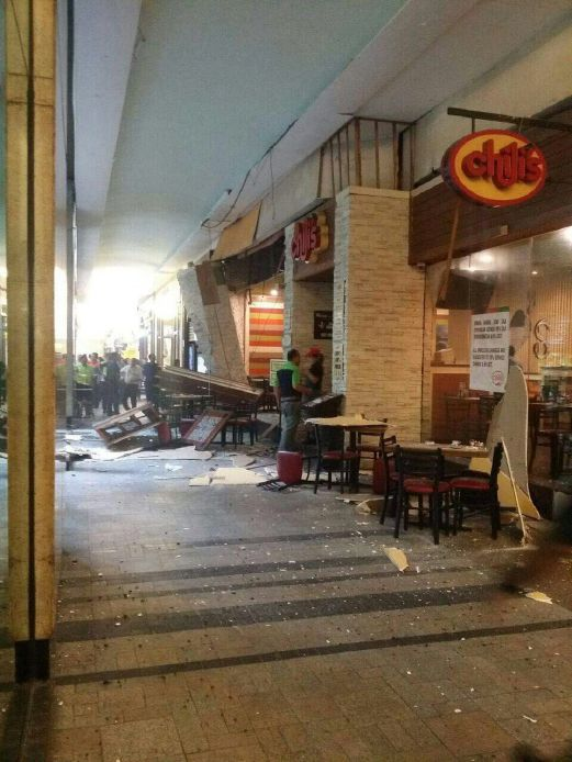 Eight Injured In Mid Valley Megamall Restaurant Explosion
