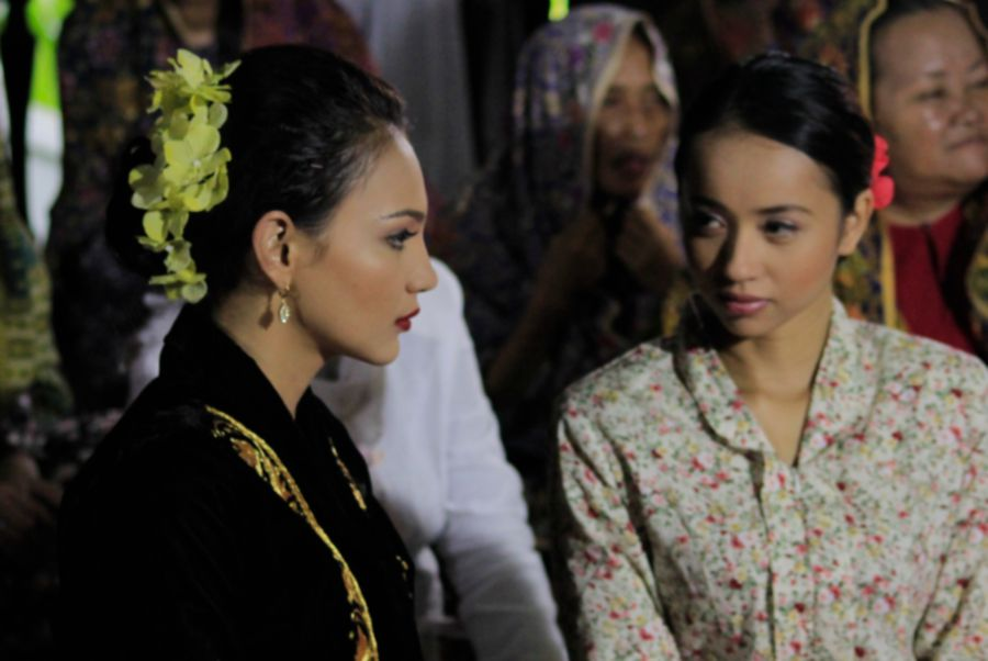 One of the scenes from the film. — A. Aida Production