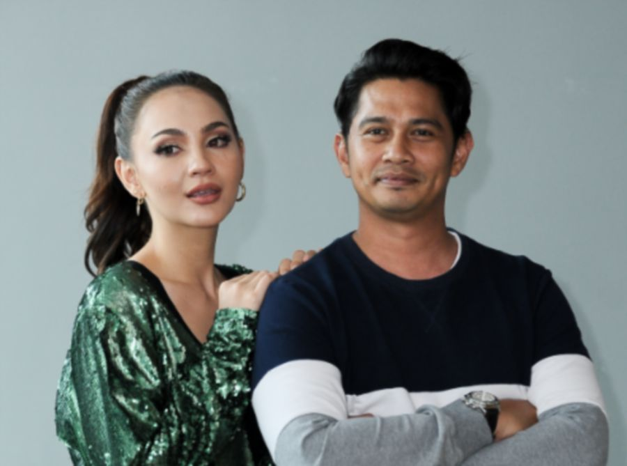 Nadia and her co-star in the film, Fizz Fairuz. — A. Aida Production