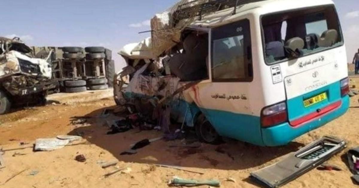 13 dead, 8 hurt in Algeria bus crash