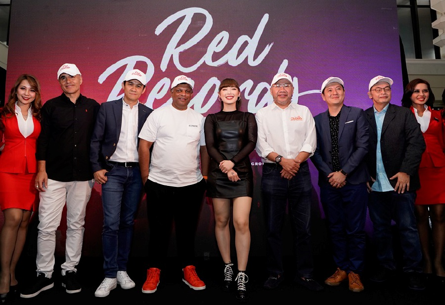 Thai singer-songwriter, influencer, model and actor Jannine Weigel (middle) is new music label RedRecords' first signed artiste. (Picture courtesy of AirAsia)