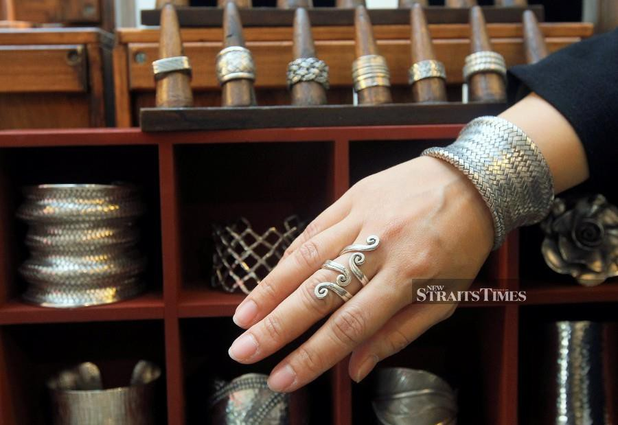 Beautiful bangle and ring by the brand. Photo by Amirudin Sahib.