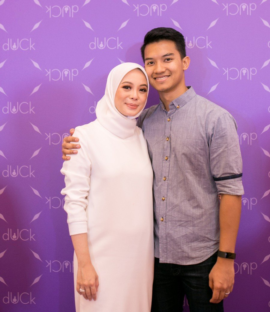 Vivy Yusof and Fadza Anuar with the FashionValet team have started a fund for the Malaysian healthcare system.