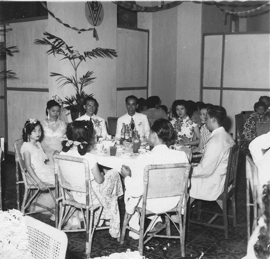 F&N drinks were commonly served during parties and wedding receptions.