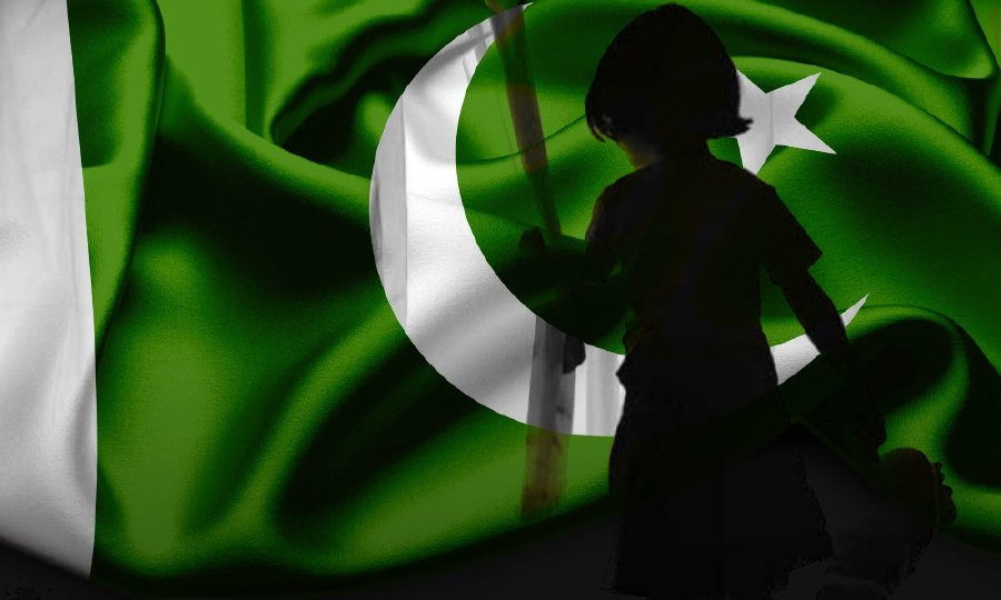 Pakistan passed a resolution calling for the public hanging of convicted child killers and rapists. - NSTP/File pic