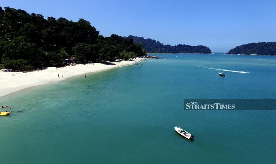 Pulau Pangkor is expected to receive more tourists, after obtaining the duty-free status. -NSTP/Effendy Rashid