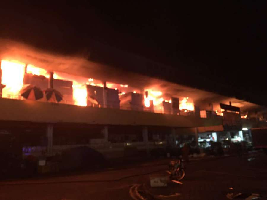 A fiery inferno razed 80 per cent of the Seremban main market at Jalan Tun Dr Ismail here earlier tonight. Pic by NSTP/ NST readers