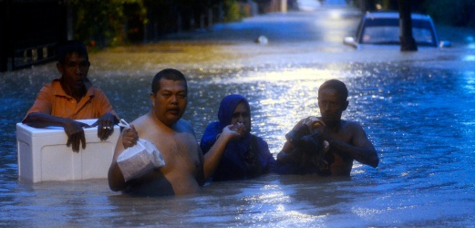 Storm At Penang Island: Rapid, Uncontrolled Development Led To Penang Flash Floods