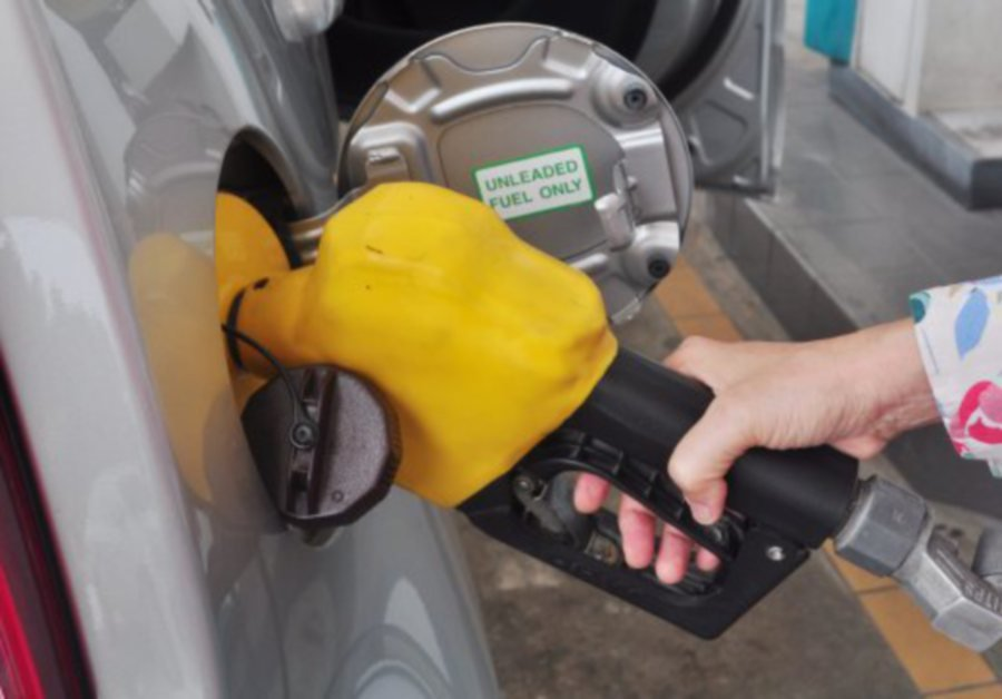Petrol Prices Unchanged; Diesel Down 3 Sen For Aug 24 - 30