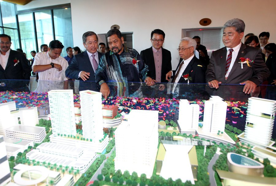 (File pix) TSR Capital Bhd's wholly-owned subsidiary, TSR Ocean Park Sdn Bhd, has teamed up with US-based Globe Venture Holdings Inc to jointly develop a 24.2ha waterfront project in Port Dickson, Negri Sembilan. Pix by Hazreen Mohamad