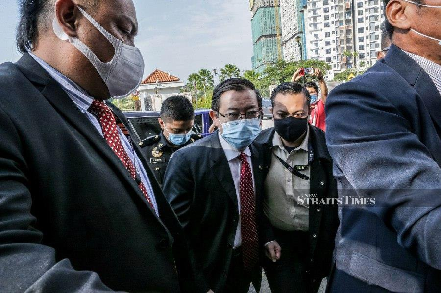 It is understood that Lim is being taken to the Special Corruption Court in Jalan Duta, Kuala Lumpur and faces graft charges over his alleged involvement in the Penang undersea tunnel project. - NSTP/ASYRAF HAMZAH