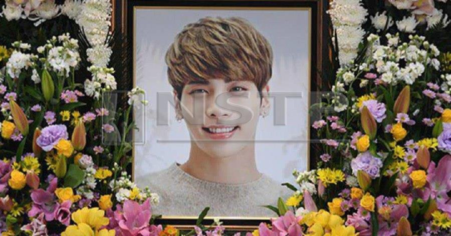 Jonghyun, whose birthday falls on April 8, died at the age of 27 from carbon monoxide poisoning on Dec 18, 2017. Pic courtesy of Koreaboo.