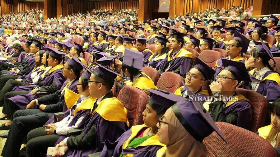 """Graduates will have to respond to the challenges by constantly upgrading their professional skills or by reskilling."""" – NSTP/Vincent D'Silva"""