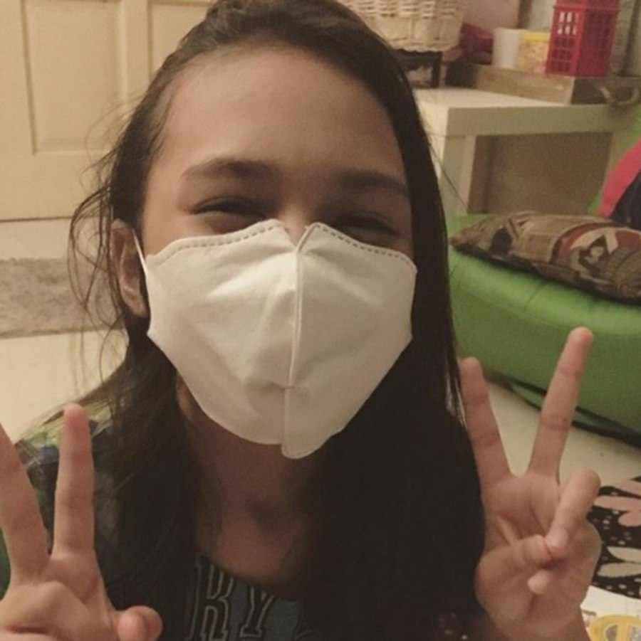 Child star Puteri Balqis Azizi is fighting cancer, her mother confirms. (Pic source from Instagram @rockingbalqis)