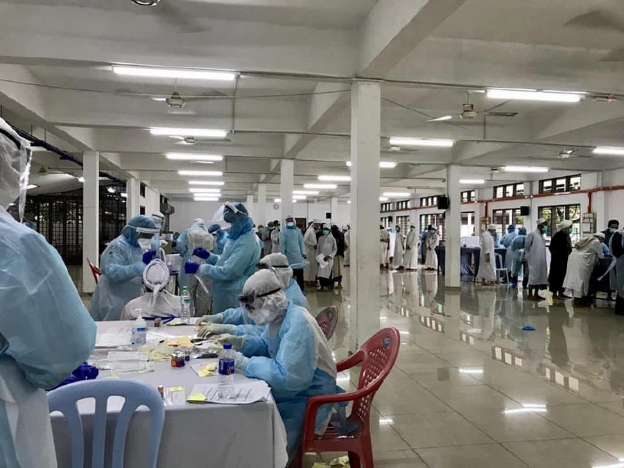 A total of 40 participants of the four-day 'Ijtima Tabligh' (religious) gathering at Masjid Jamek Sri Petaling, have tested positive for Covid-19 coronavirus. - Pic source: Facebook/DGHisham