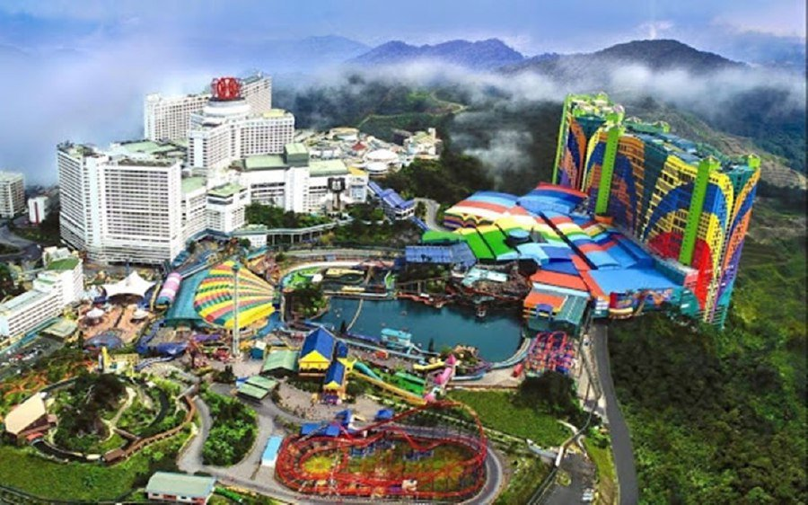 Resorts World Genting will be closed temporarily from March 18-3, following the Movement Control Order announcement yesterday. – BERNAMA photo