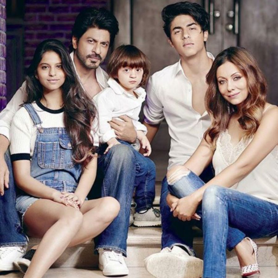 Nobody dares to misbehave with women on my set, says Shah Rukh