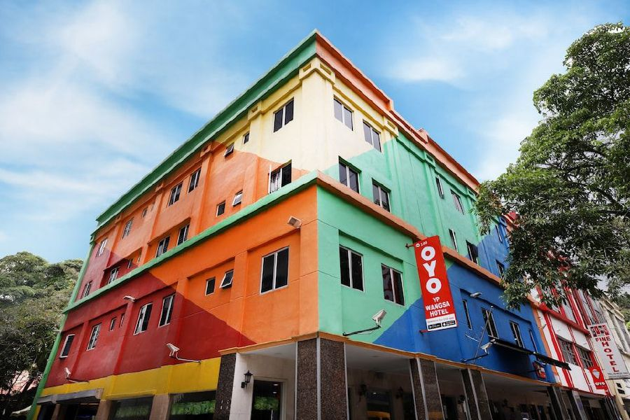 Between now and April 14, healthcare practitioners from these public hospitals treating Covid-19 cases can access free rooms at the following hotels in Kuala Lumpur, Shah Alam and Seremban.