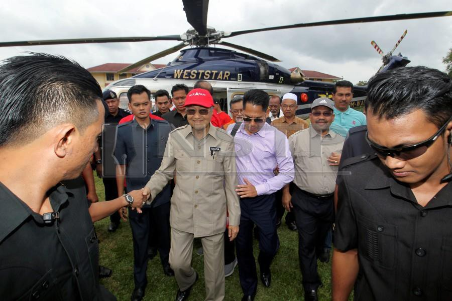 Image result for Tun Mahathir in Cameron highlands by helicopter