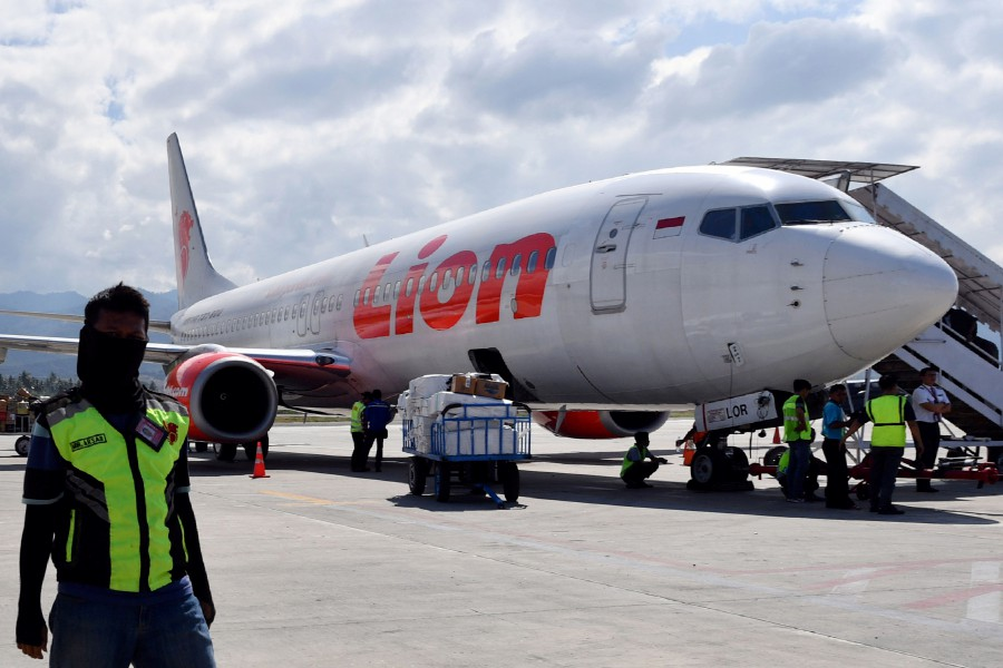Indonesia's Lion Air postpones accepting delivery of Boeing