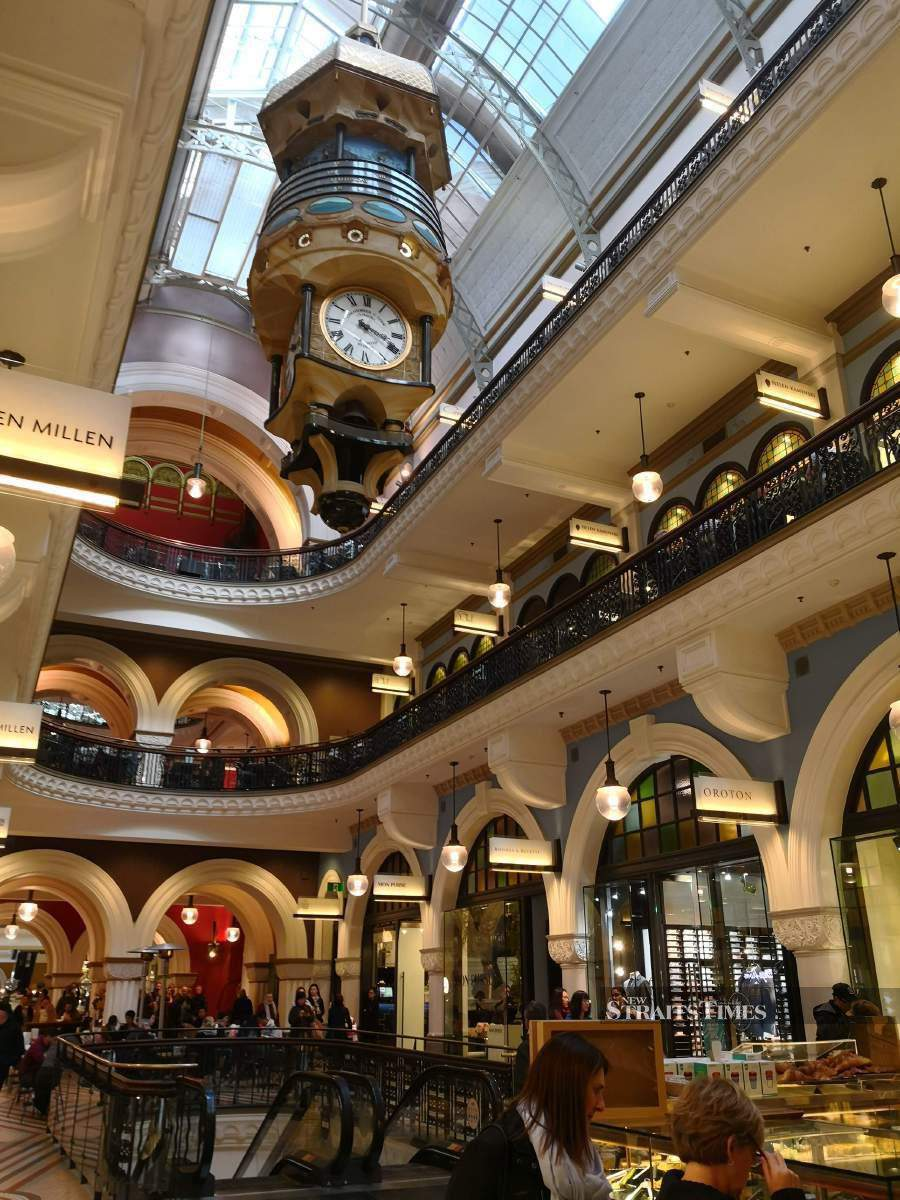 The Great Australian Clock is world's largest hanging animated turret clock.