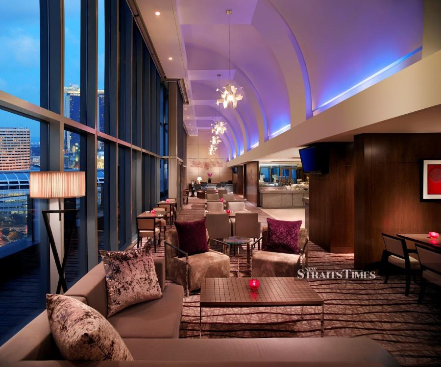 The Premier Club Lounge comes with full benefits such as complimentary breakfast, beverages, afternoon tea and evening cocktails.