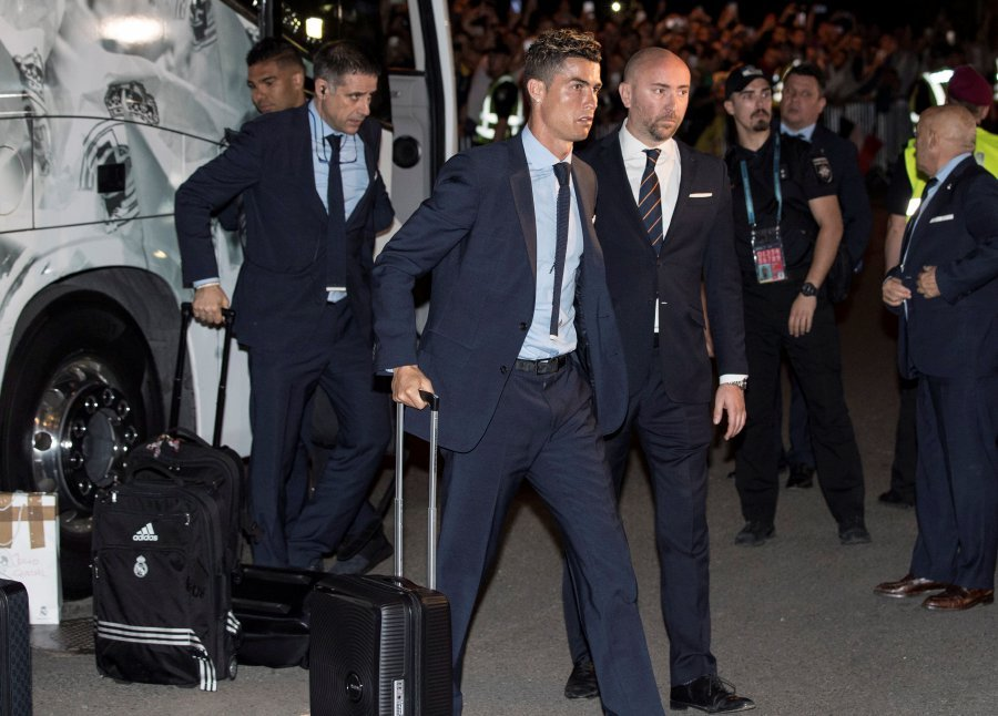 Real Madrid v Liverpool: Michael Owen's Champions League final prediction