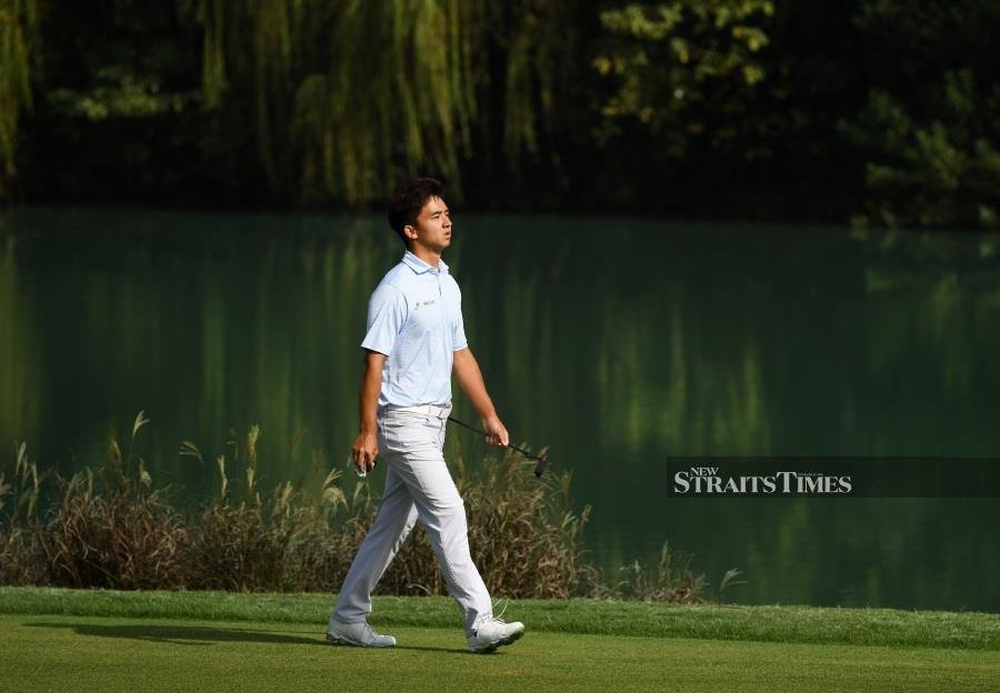 China's up and coming golfer Dou Zecheng