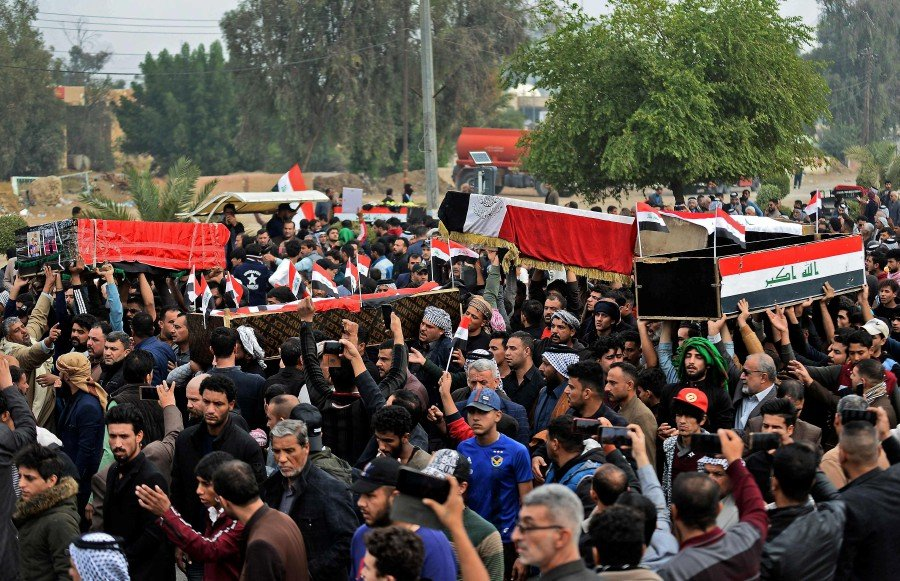 Security forces kill 50 protesters in Iraq's south