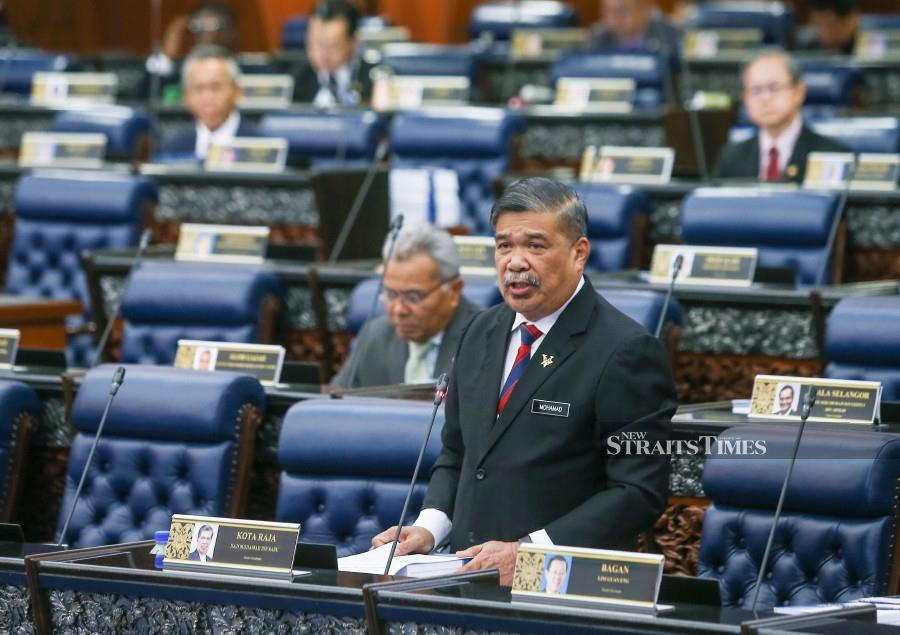 Defence Minister Mohamad Sabu tables the Defence White Paper at Dewan Rakyat in Kuala Lumpur. - NSTP/Muhd Zaaba Zakeria.