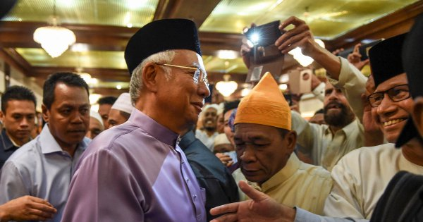 Najib served notice to appear at MACC headquarters on Tuesday