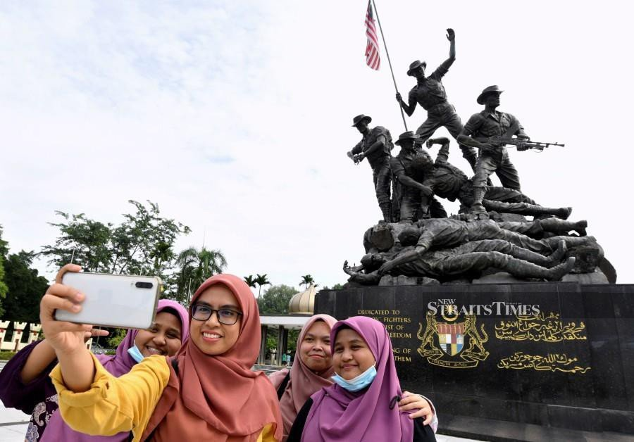 This year, will mark the 50th anniversary of Rukun Negara, which was formulated after the May 13 incident in 1969. Upheld by every citizen in Malaysia, the Rukun Negara have been the most important pillars of peace, prosperity and development enjoyed by the country thus far. - NST file pic