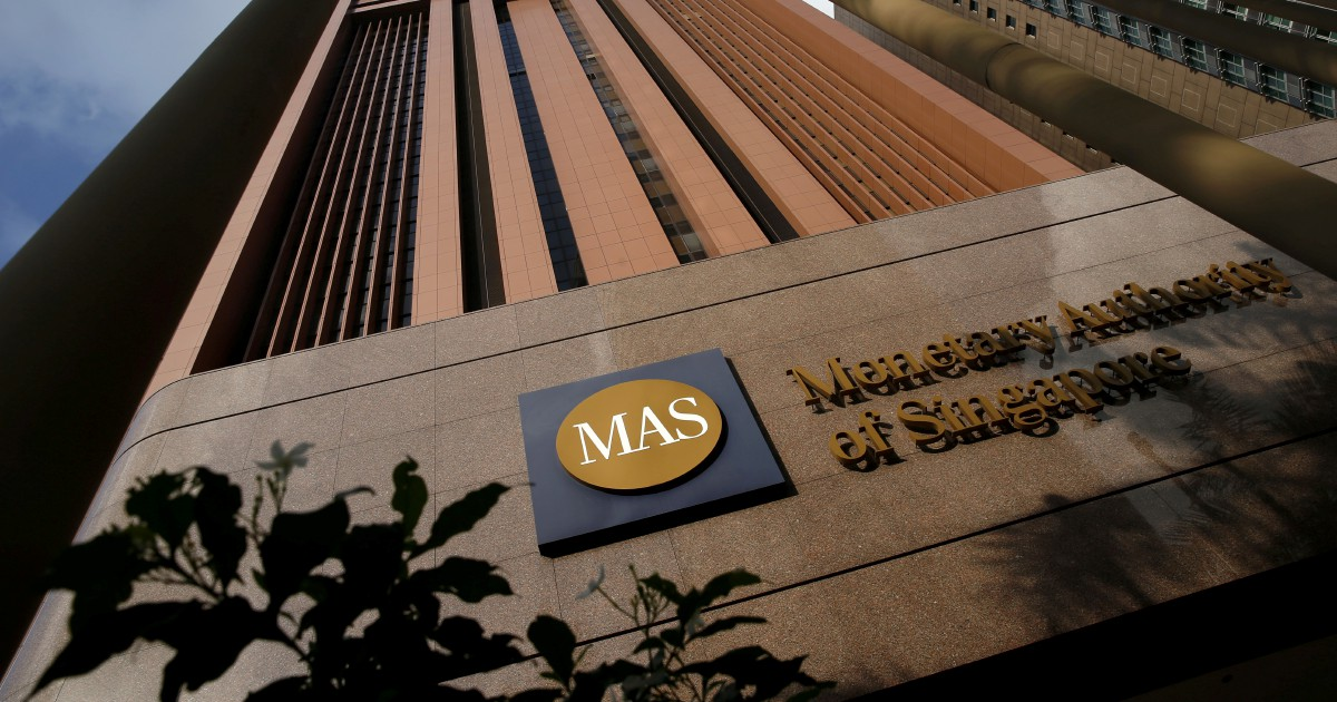 Singapore eases monetary policy, avoids recession