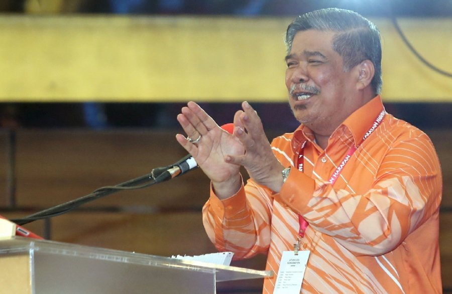 Defence Minister Mohamad Sabu, popularly known as Mat Sabu, has thanked his critics for various criticisms levelled against him. Pix by Mohd Yusni Ariffin