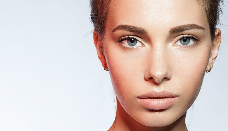The no make-up make-up look trend is likely here to stay (Picture: 100percentpure.com)