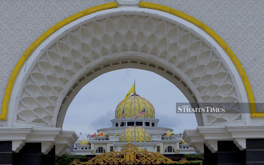 Yang di-Pertuan Agong Al-Sultan Abdullah Ri'ayatuddin Al-Mustafa Billah Shah wants members of parliament (MPs) to put aside their political agenda by staying united and extending cooperation in the efforts to manage the pandemic. - NSTP/ASYRAF HAMZAH