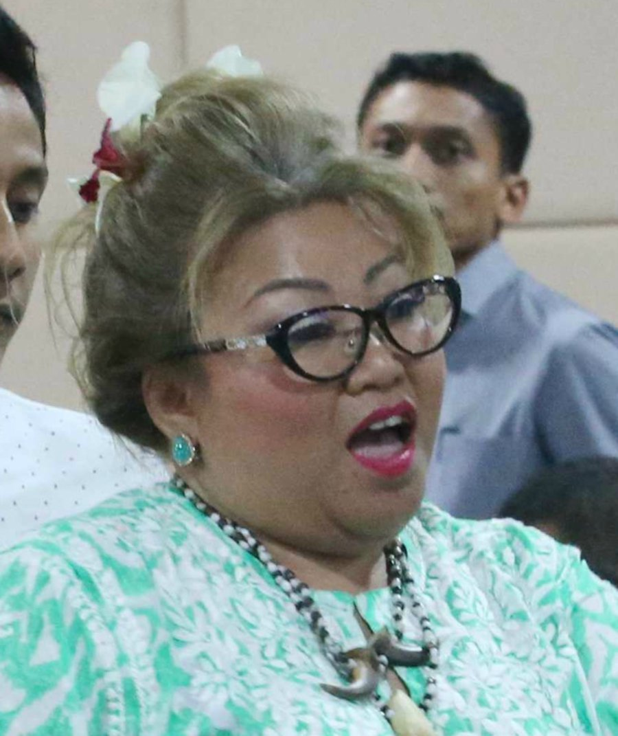 Lawyer Siti Kasim Lodges Police Report After Netizens Threaten To Behead Her