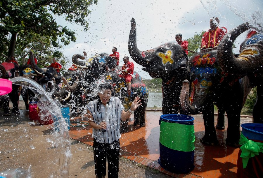 Image result for songkran thailand