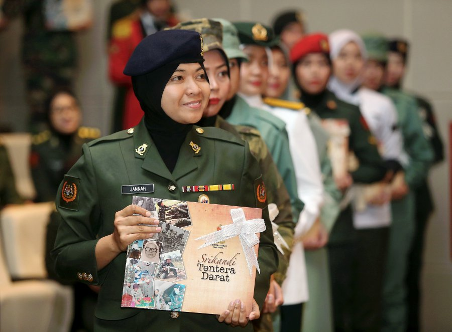 All-female army commando unit in the cards? | New Straits