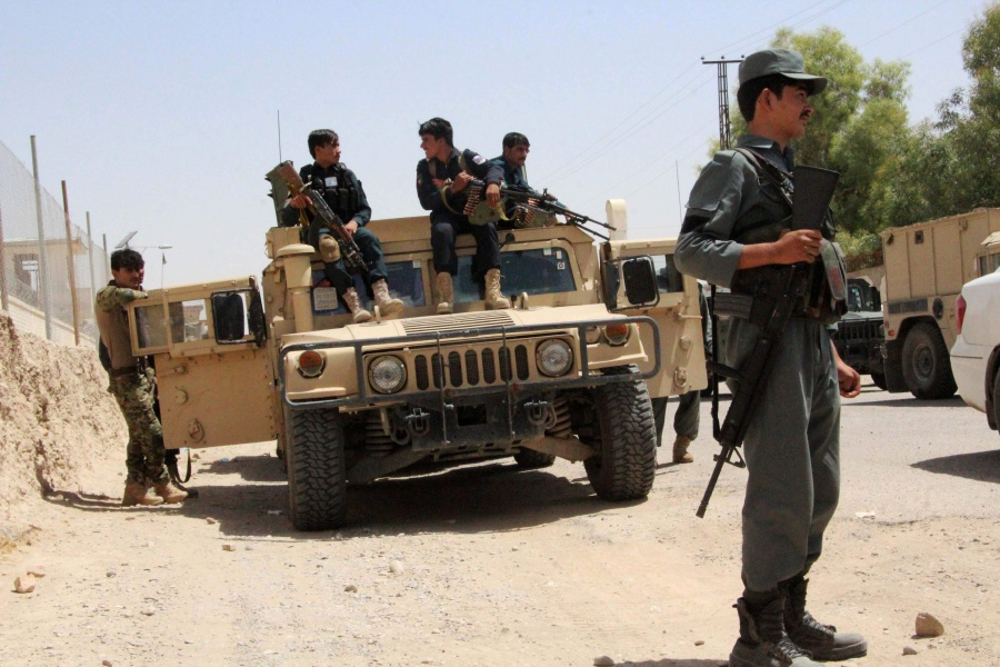 Afghan police killed in USA  strike