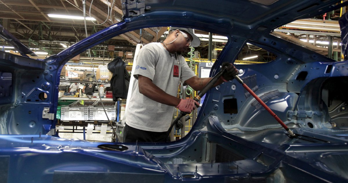Ford to shift midsize sedan production from Mexico to China