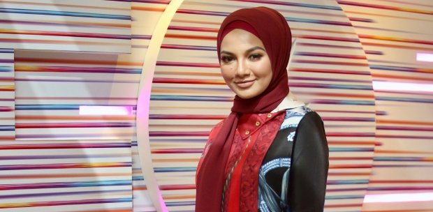 Neelofa out to shatter stereotypes | New Straits Times