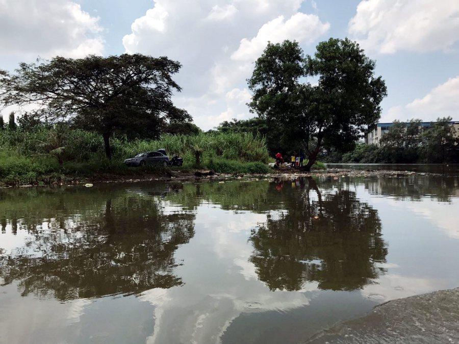 gov t dept tasked to clean up sungai tebrau run awareness campaigns